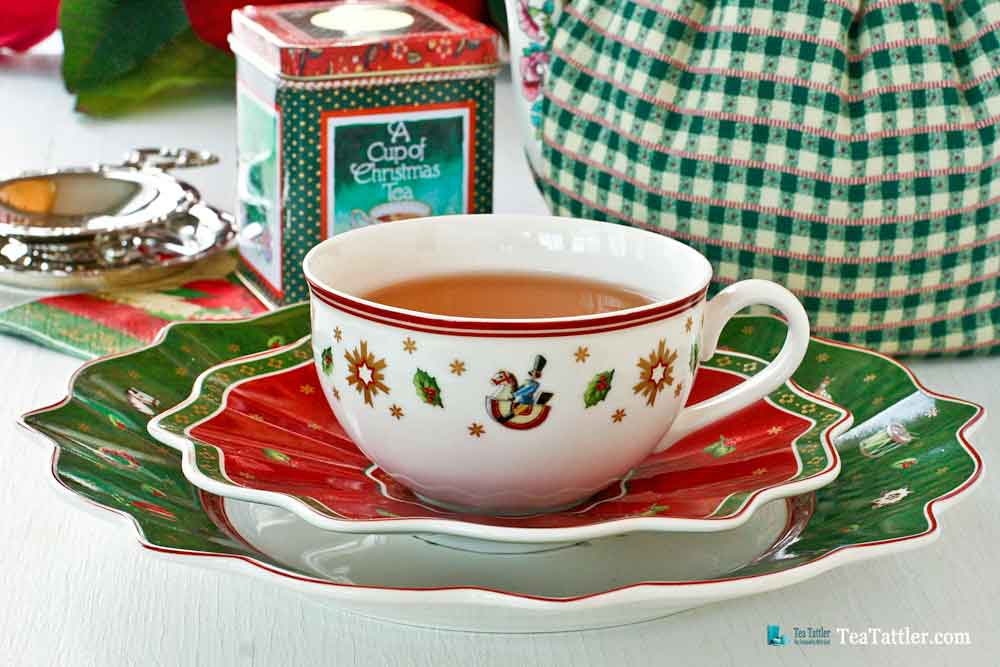 Toys Delight Teacup - a whimsical tea set decorated with toy motifs, snowflakes, holly leaves, berries, and traditional Christmas tree. | TeaTattler.com #toysdelight #villeroy&boch #teacups